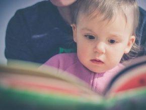Pourquoi proposer des histoires et des comptines aux jeunes enfants ?